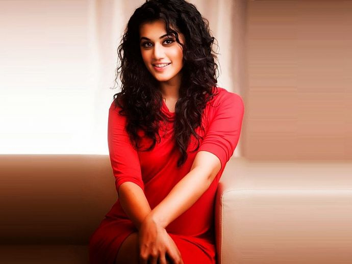 Tapsee Pannu, eve teasing, video, facebook, Tapsee Pannu's Viral Video, Tapsee Pannu's Befitting reply, Tapsee Pannu On Eve Teasing