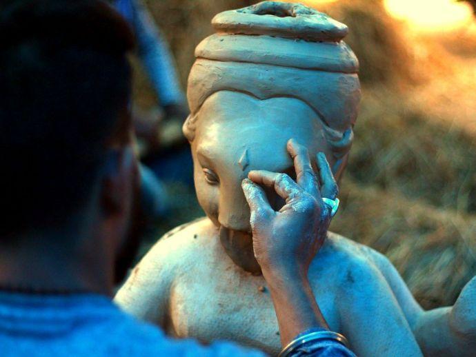 Nagpur, Chitaroli, Lord Ganesha, God of new beginnings, Maharashtra, country, Ashtavinayaka, tekdi temple, sandhals, dhol pathak, Ganapatti Bappa Moraya, Bhadrapad (August-September), Hindu calender, sculptors, Idols