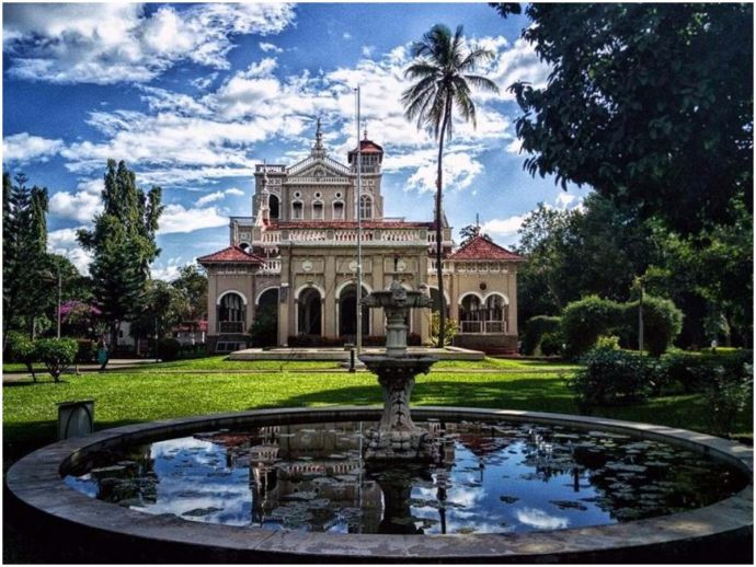 Pune, Historical places, Aga Khan Palace, Mahatma Gandhi, Quit India Movement
