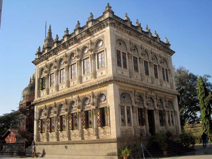 pune, pune news, Shinde Chhatri, Peshwa Heritage, shiv temple, travel pune, visitor