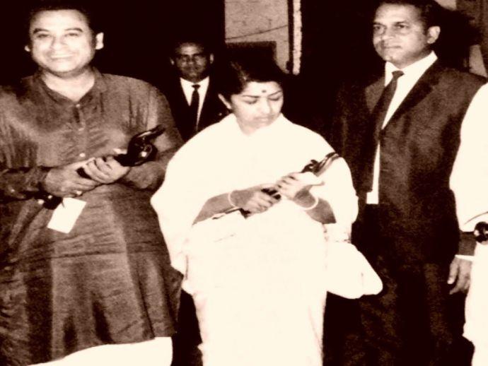 Lata Mangeshkar, singer, classic, music, hindi, old, bollywood, filmfare, award