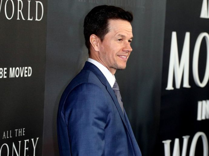 Mark Wahlberg, Michelle Williams, Times Up, fund, legal, cause, money, fee, reshoot, All the money in the world, film, movie, statement, saturday, $1.5 Million, criticism, support, defense, Twitter, agency, Kevin Spacey, Christopher Plummer, sexual abuse,
