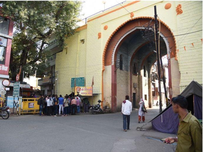 nagpur, explore nagpur, history, heritage, gandhi gate, jumma gate, shukrawar gate, bhonsle dynasty, fort, fortification, throwback, unexplored history