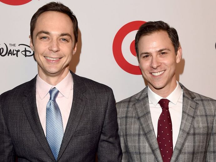 sheldon cooper, the big bang theory, todd spiewak, art director, marriage, wedding, rainbow room, manhattan, new york city, the normal heart, hidden figures, Jim And Tod Together, Sheldon Cooper from The Big Bang Theory, Jim Parsons, Director Todd Spiewak, Rainbow Room In Manhattan Latest News, GLSEN Respect Awards