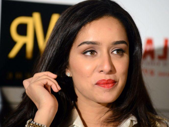 twitter, Shraddha Kapoor, Juhi Chawla, Masaba Gupta, diwali, animal protaction, twitter, troll, hypocrite