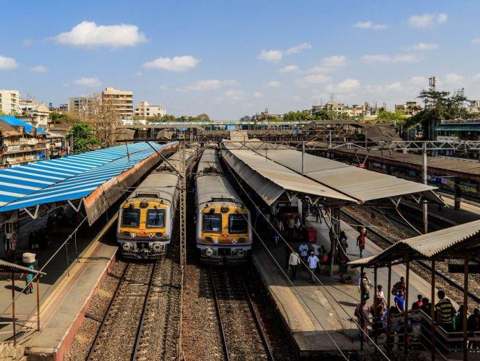 Nagpur, railway, revolution, metro rail, train, services, local train, Maharashtra Metro Rail Corporation Ltd, MahaMetro, electric multiple units, EMU, Bhandara, Wardha, Katol, Ramtek, Wanjari Nagar, Ajni railway bridge, Nitin Gadkari, Piyush Goyal, Ashwi