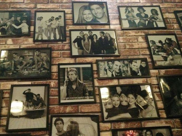 Central perk, pune, central perk 7, cafe frnds, cafe, FRIENDS, series, Kothrud, Joey's At Kothrud, The Yaree Café, SB Road, FRNDS Café, Katraj, Friends Themed Cafe In Pune, Cafes Dedicated to Friends series In Pune