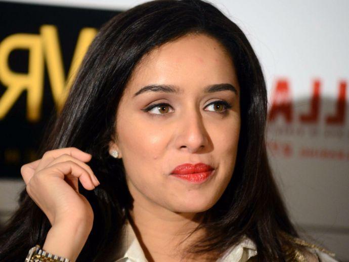 Shraddha Kapoor, Haseena Parkar, producer, complaint, mumbai, bollywood, fashion brand, Dawood Ibrahim