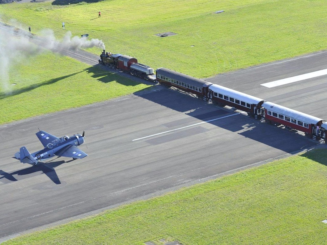Gisborne, Gisborne Airport, Railway, Runway, Intersection