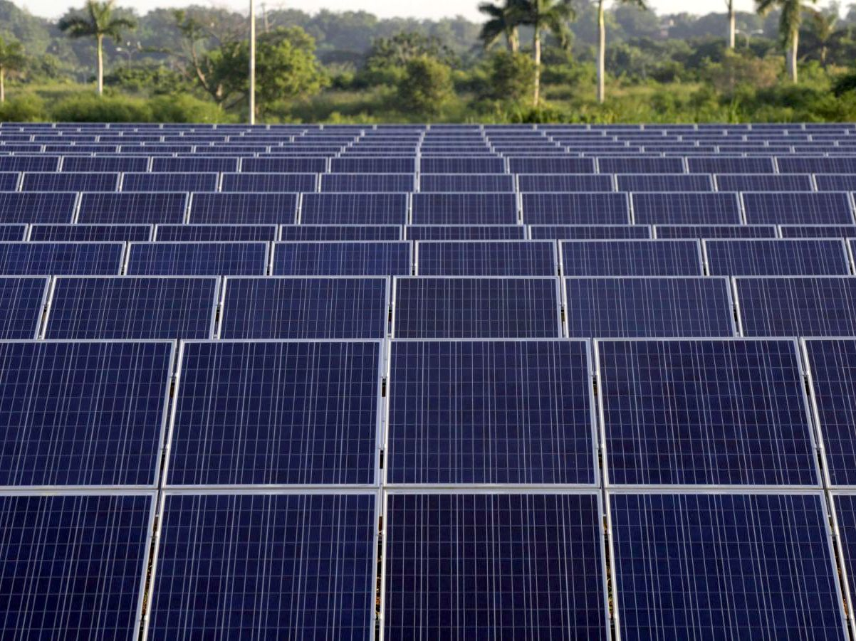 India's First Solar Powered Airport, Solar Powered Airport, Sunshine, Airport, No Electricity Bills, The Cochin Airport, Strange Airport