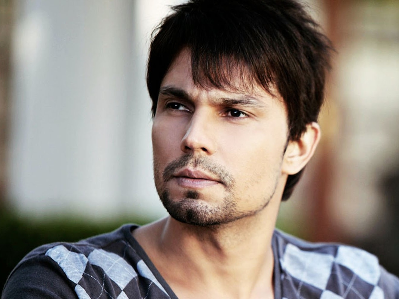 Randeep, Randeep Hooda, Hooda, Intense Acting, Movie, Movie Roles By Randeep Hooda, D, Once Upon A Time In Mumbai, D Underworld Badshah, Main Aur Charles, Sahib Biwi Aur Gangster, Rang Rasiya, Sarbjit, Sultan, Highway