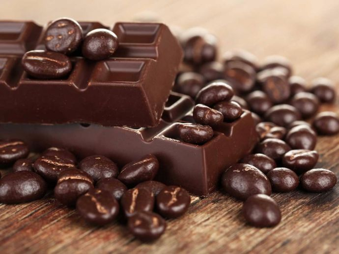 overweight, obese, chocolate, cholestrol, heart attack, CAD, risk, flavanols, antioxidants