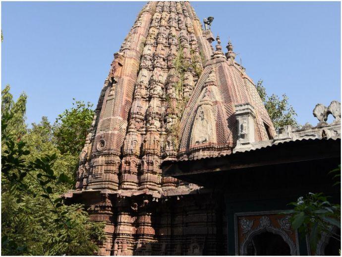 nagpur, explore nagpur, rukmini temple complex, history, bhonsle, medieval architecture, sculpture, heritage, heritage walk, mahal, rani rukmini, old nagpur, vishnu temple, shiva temple, mythology