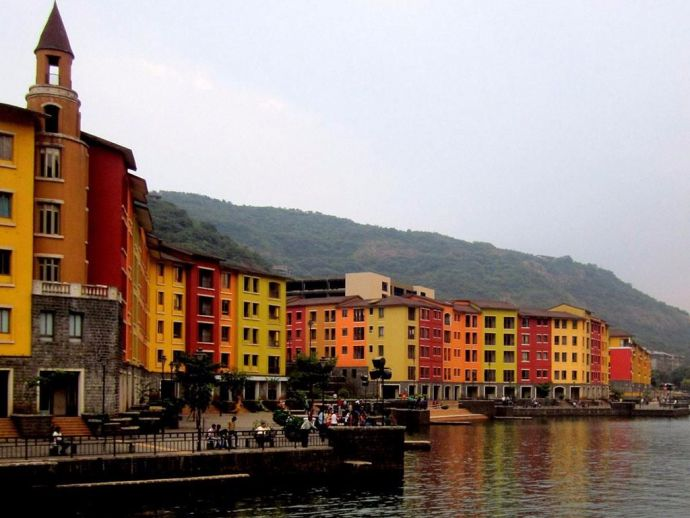 Lavasa, Pune, Overrated, Pune's hangout spot, parking, fee, PMRDA