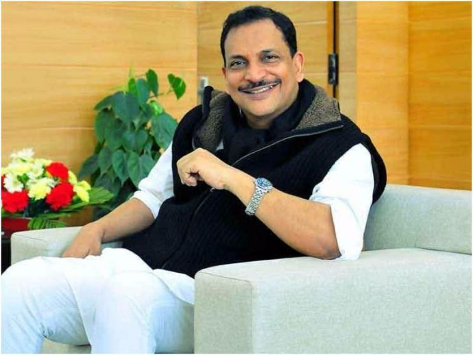 Rajiv Pratap Rudy, Union Minister, Indigo Flight, Mumbai, Nagpur, pilot