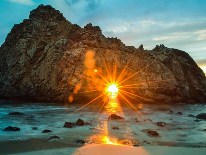 PFEIFFER BEACH, CALIFORNIA, TAJ MAHAL, INDIA, BORA BORA, TAHITI, IPANEMA BEACH, BRAZIL, GREAT PYRAMIDS, EGYPT, TANAH LOT TEMPLE, BALI, SANTORINI, GREECE, KUTCH GUJARAT SUNSET, GRUNDARFJORDUR, ICELAND, MALDIVES, PFEIFFER BEACH, CALIFORNIA, Sunset