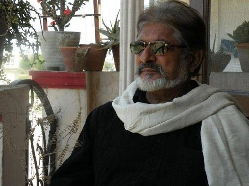 Journalist, Veteran Hindi Poet, Hindi, Poet, Hindi Poet, Neelabh, ashok, Ashok Passes, William Shakespeare, Bertolt Brecht, A Mumbai writer, Neelabh Ashk, Ashk