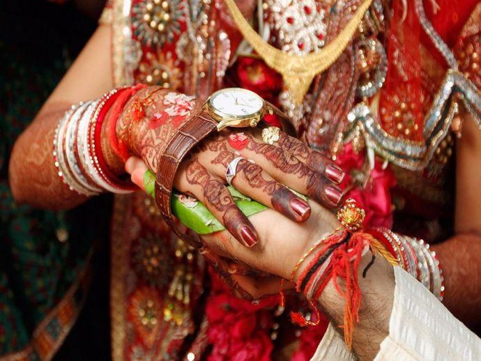 Delhi, dowry, practice, malice, marriage, status, violence, coercion, market, bazaar