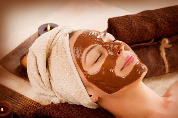Multani Mitti, Advantages Of Multani Mitti, Skin Benefits Of Multani Mitti, gopi chandan