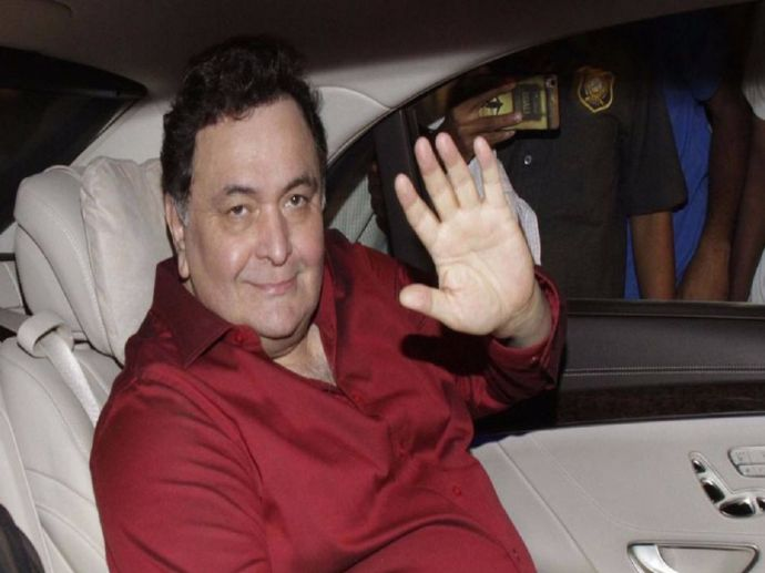 Rishi Kapoor, twitter, FIR, Anurag Basu, Jagga Jasoos, Fir Against Rishi Kapoor, Police Complaint Against Rishi Kapoor, Jai Ho Foundation, Advocate Adil Khatri, Rishi Kapoor Latest Tweets, obscene, minor, child, headphones