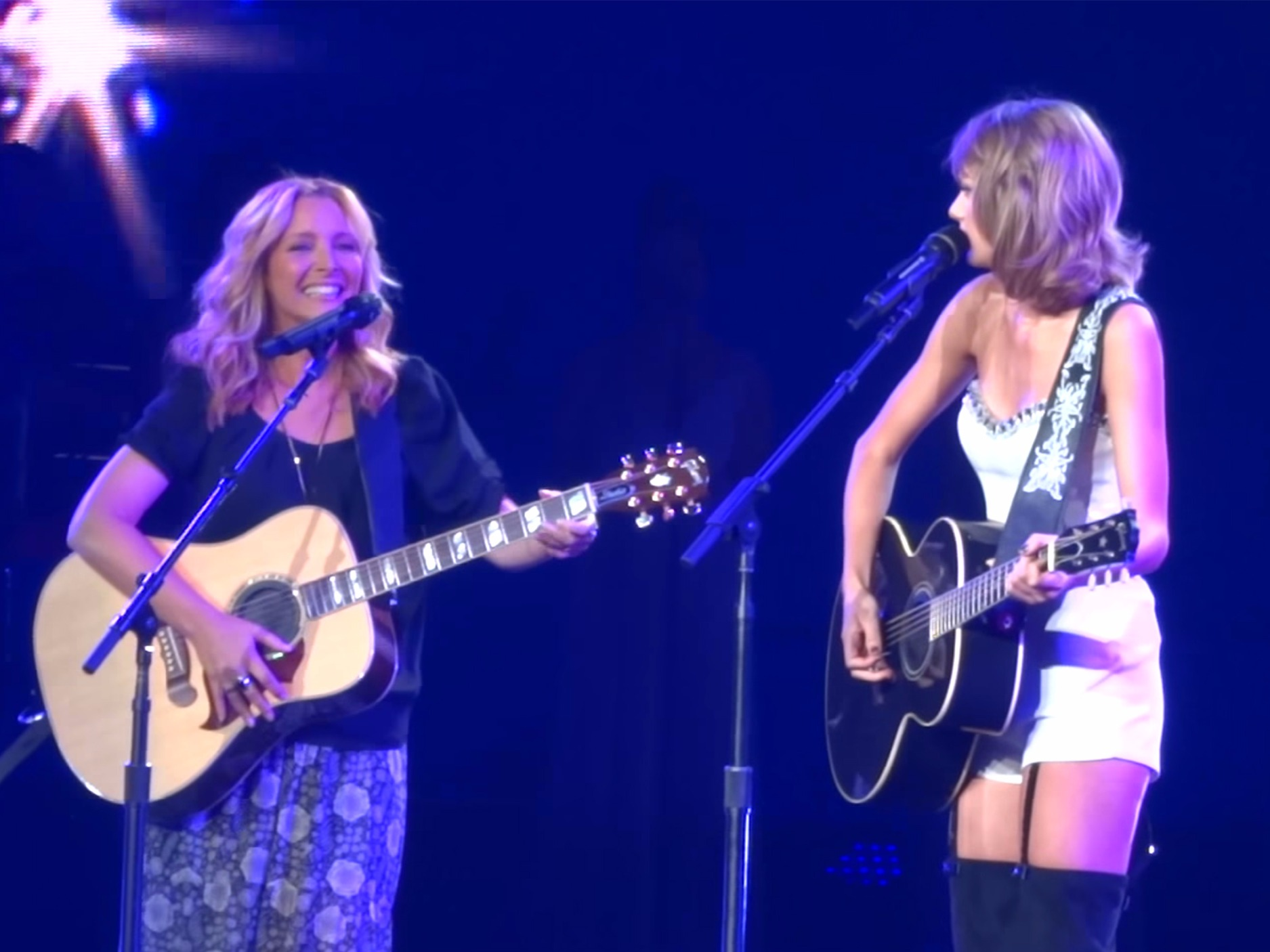 Taylor Swift, Smelly Cat, Phoebe Buffay, F.R.I.E.N.D.S., FRIENDS