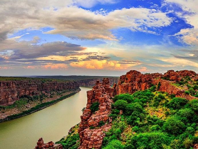 India, gorge, canyon, Gandikota, temple, caves, river, rocks, fort, pillars, architecture, building, hallway