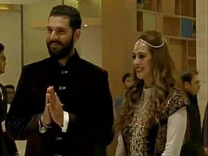 Yuvraj Singh, Hazel Keech, Cricket, Yograj Singh, Wedding, Chandigarh, Shabnam Singh, Angad Bedi