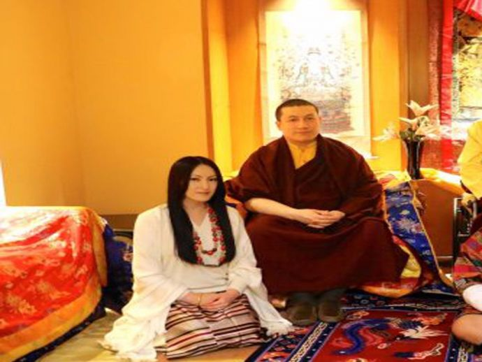 Tibetan Lama, Marries, Tibetan, monk, New Delhi, Monkhood, Buddhism, Religion