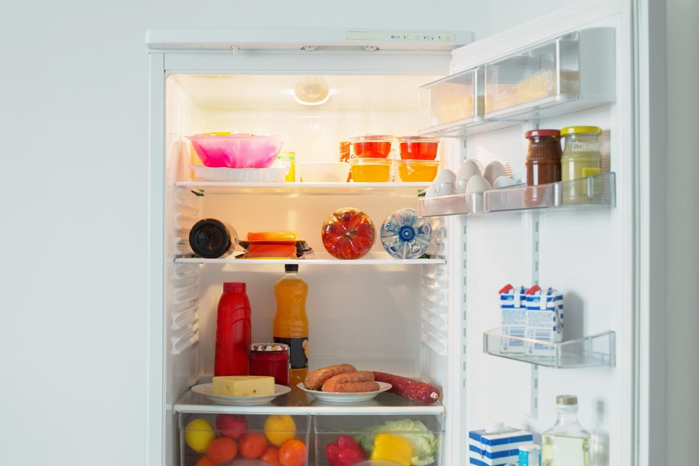 5 cara memperbaiki kulkas tidak dingin