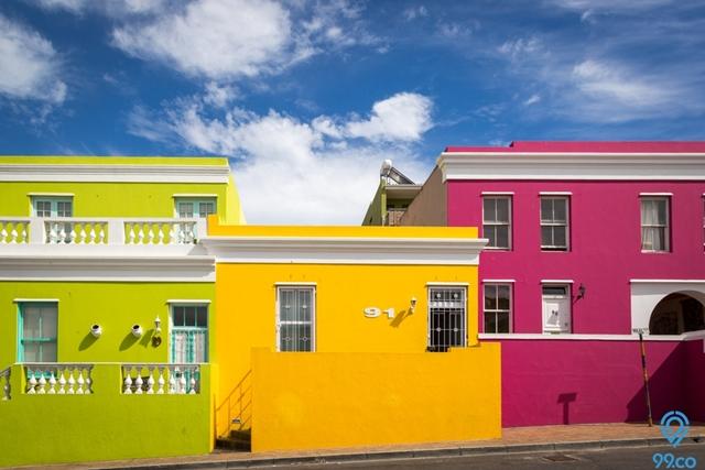 Kombinasi Warna Cat Dinding Luar Rumah yang Cerah untuk 2021