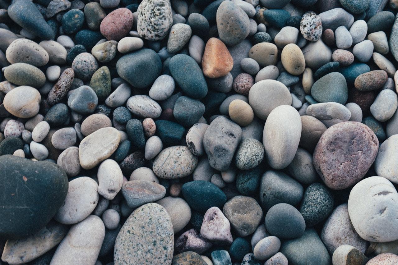 3 Jenis Batuan (Dilengkapi Penjelasan dan Contoh)