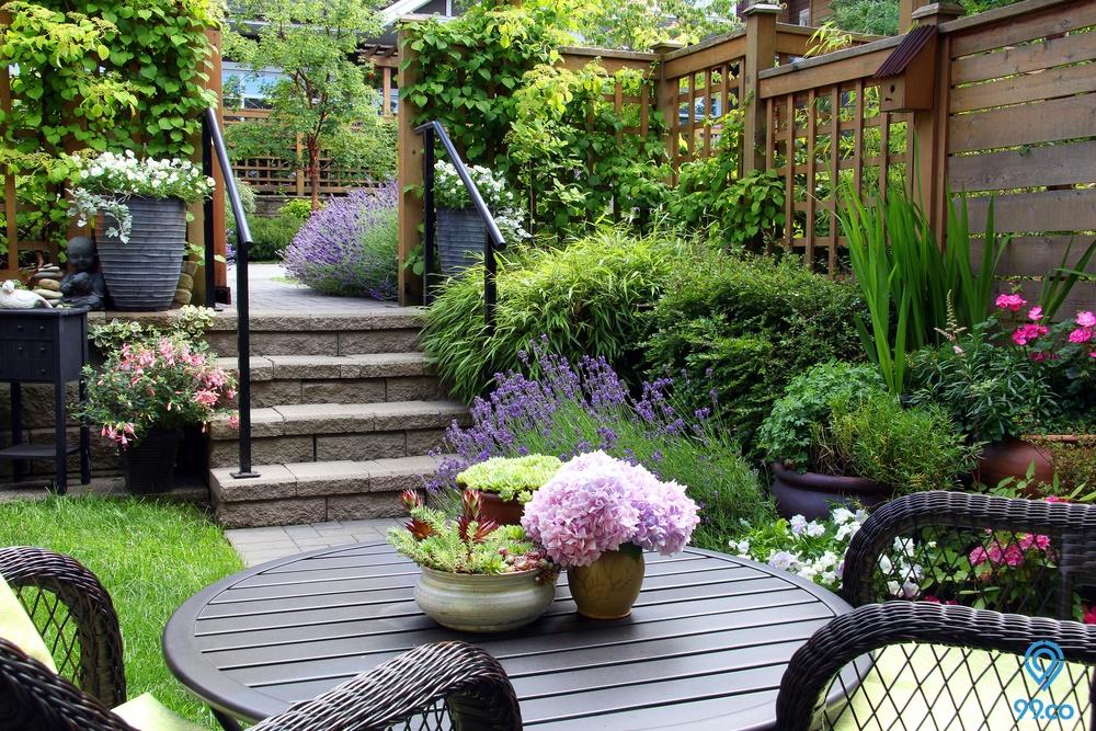7 Tips Cara Membuat Taman Kecil di Depan Rumah Agar Terlihat Lega