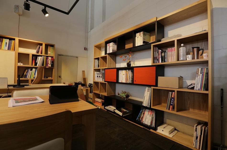 6 Ragam Desain Interior Kantor Terbaru, Dijamin Betah!