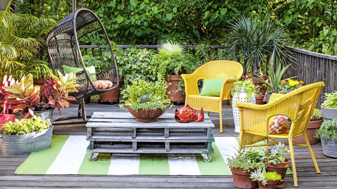 10 Ide dan Contoh Taman Rumah Minimalis yang Bikin Area Luar Rumah Lebih Hidup