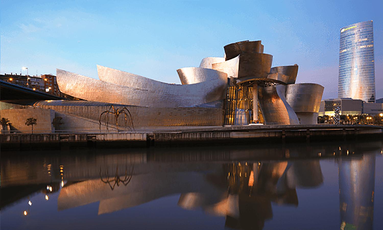 Arsitektur Post Modern, dari Aliran hingga Ciri Khas Bangunan