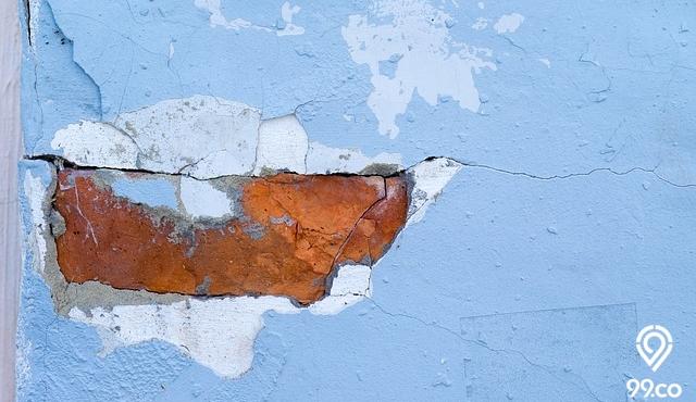 Tembok Retak – Penyebab, Jenis dan Cara Mengatasinya