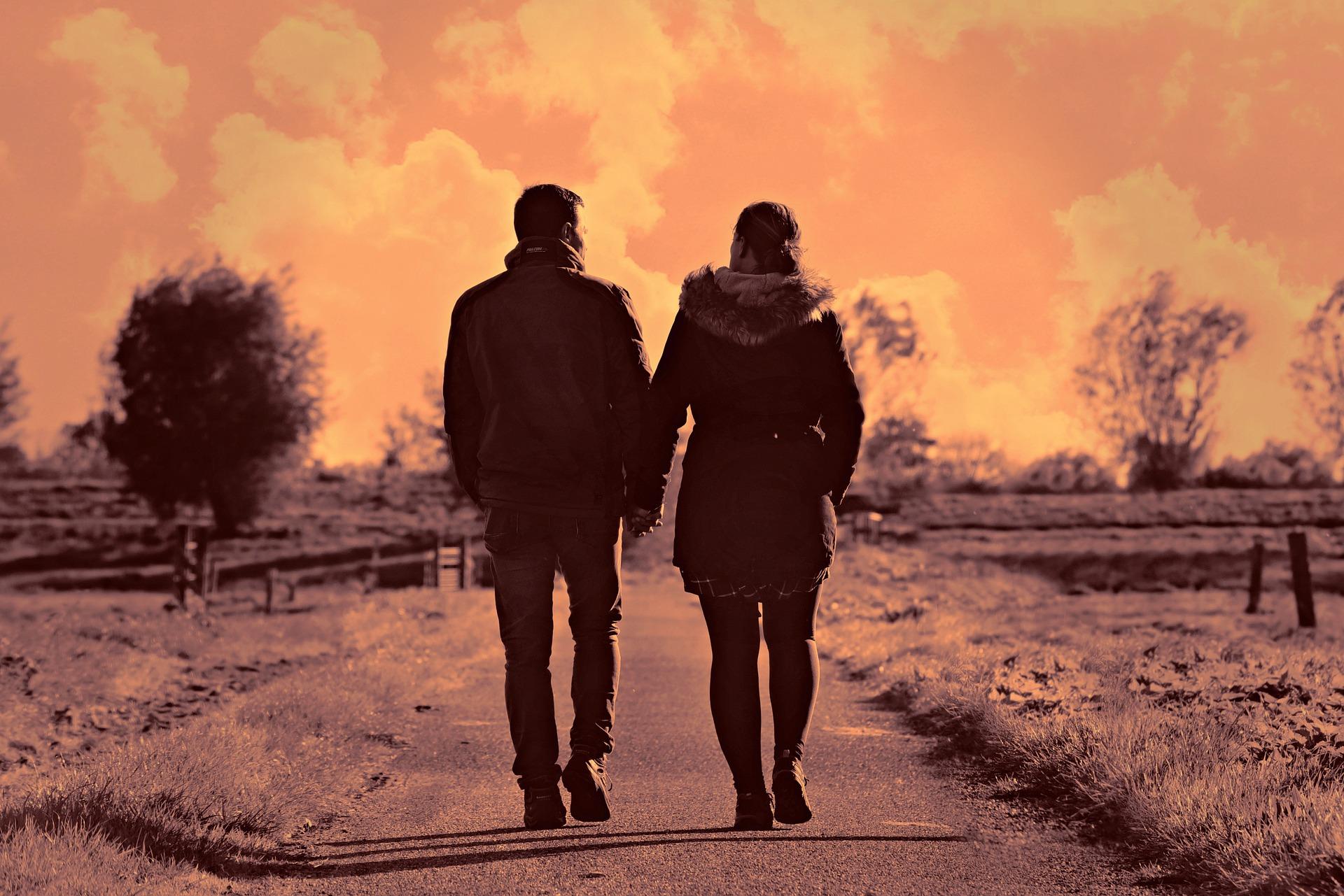 【成婚続々】結婚時期もお相手も⁉ 結婚占いは水晶玉子は頼れ!
