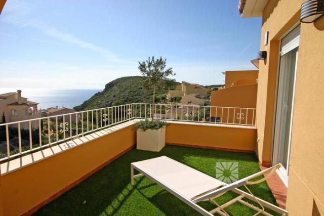 2 bedroom apartment For Sale in Cumbre Del Sol - photograph 1