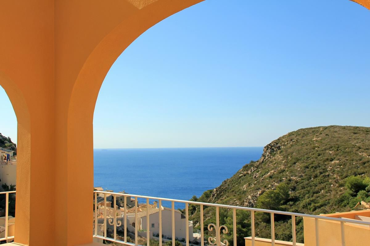 2 bedroom apartment For Sale in Cumbre Del Sol - Main Image