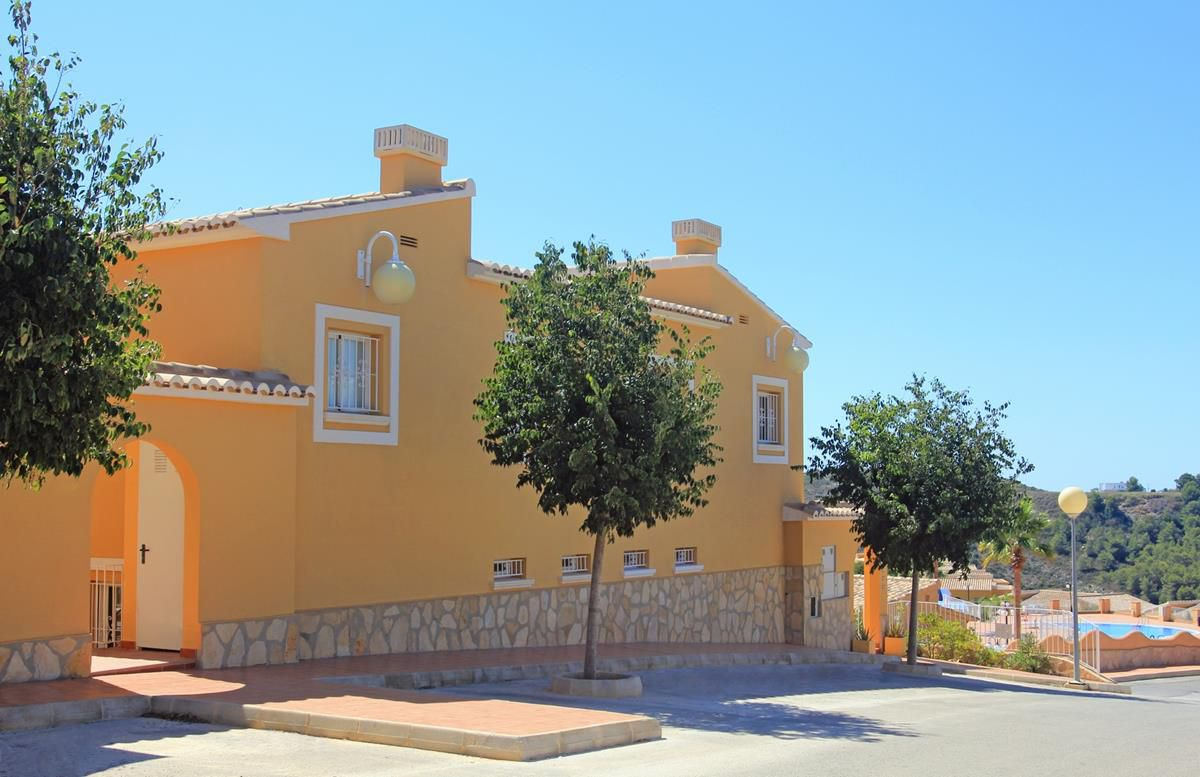 2 bedroom apartment For Sale in Cumbre Del Sol - photograph 2
