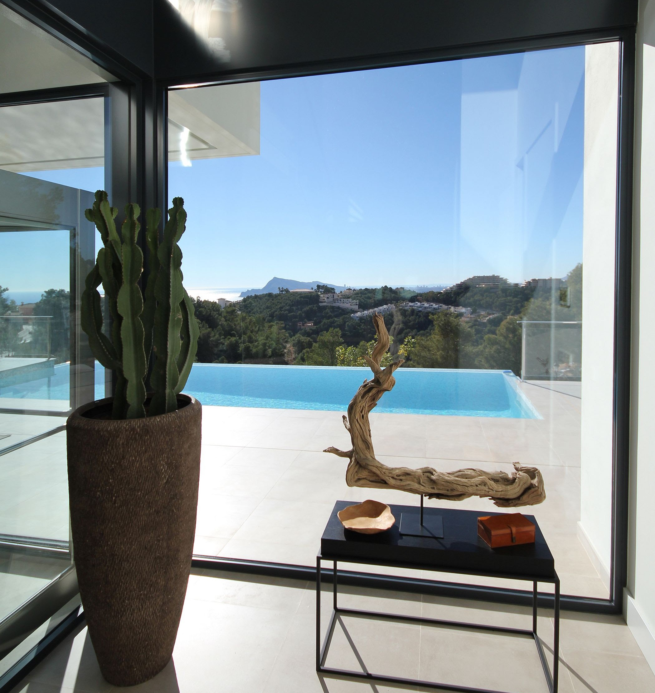 4 bedroom villa For Sale in Altea - Main Image