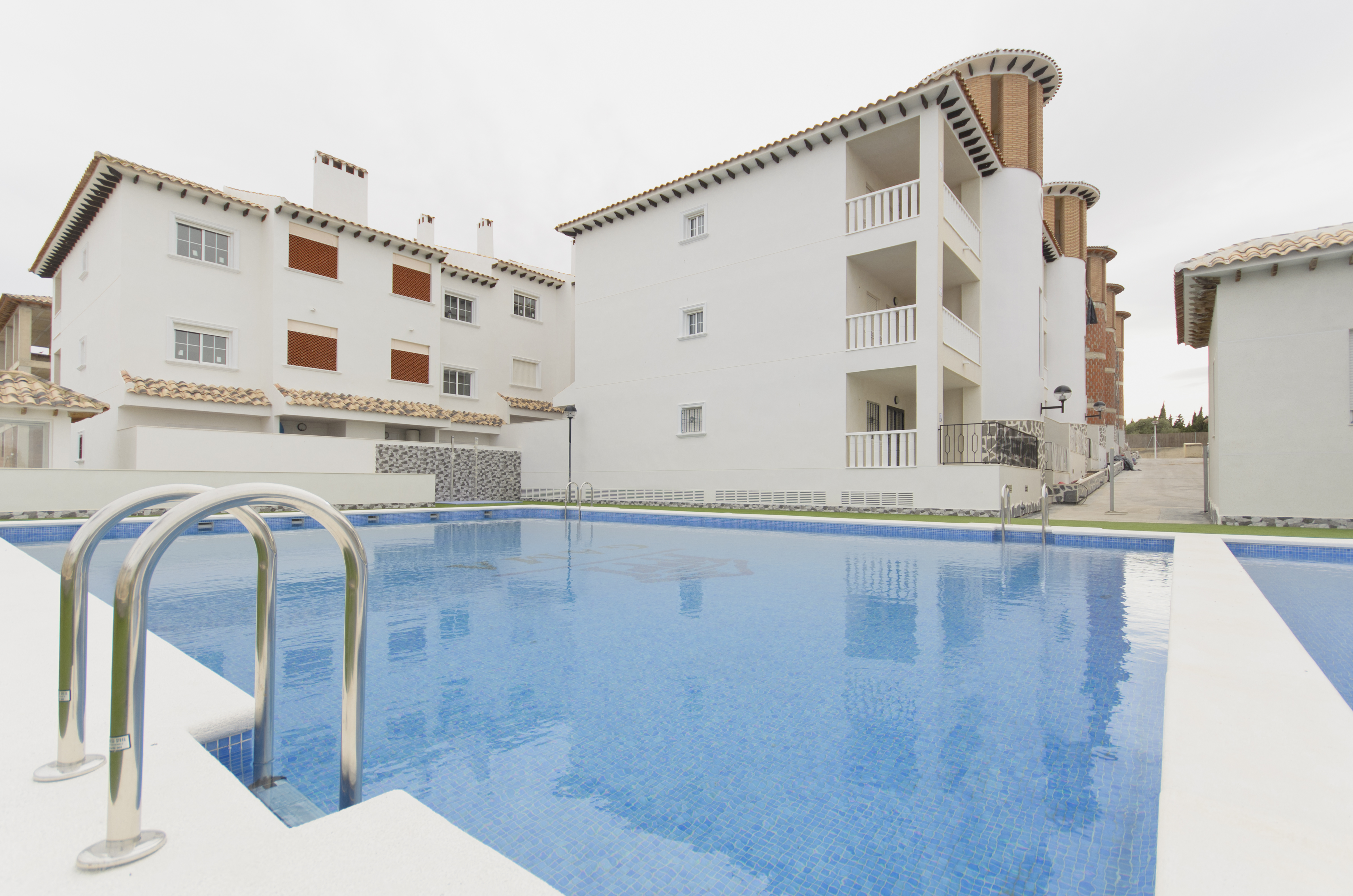 2 bedroom apartment For Sale in La Marina - Main Image