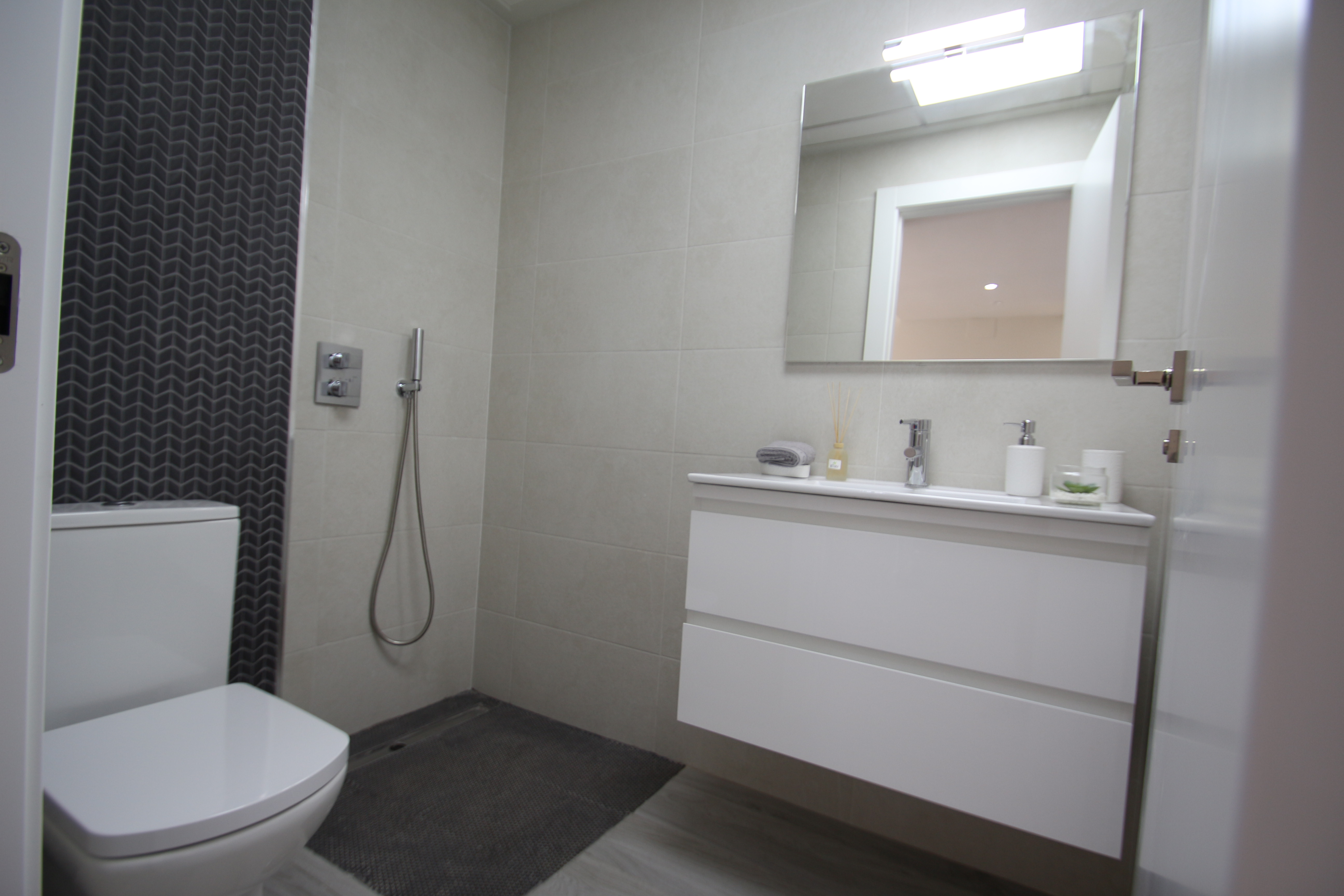 2 bedroom apartment For Sale in Guardamar - photograph 7