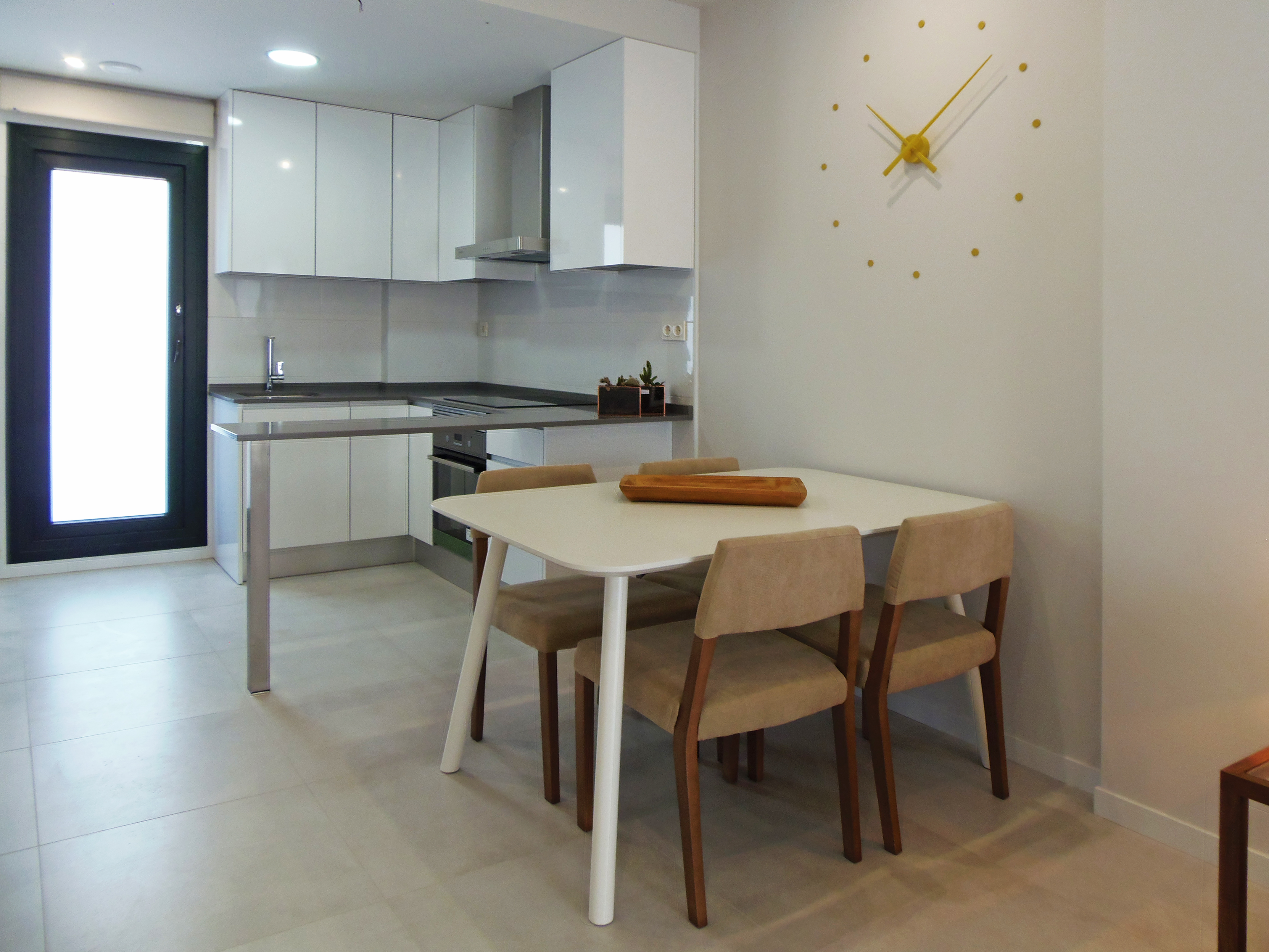 3 bedroom apartment For Sale in Mil Palmeras - photograph 4