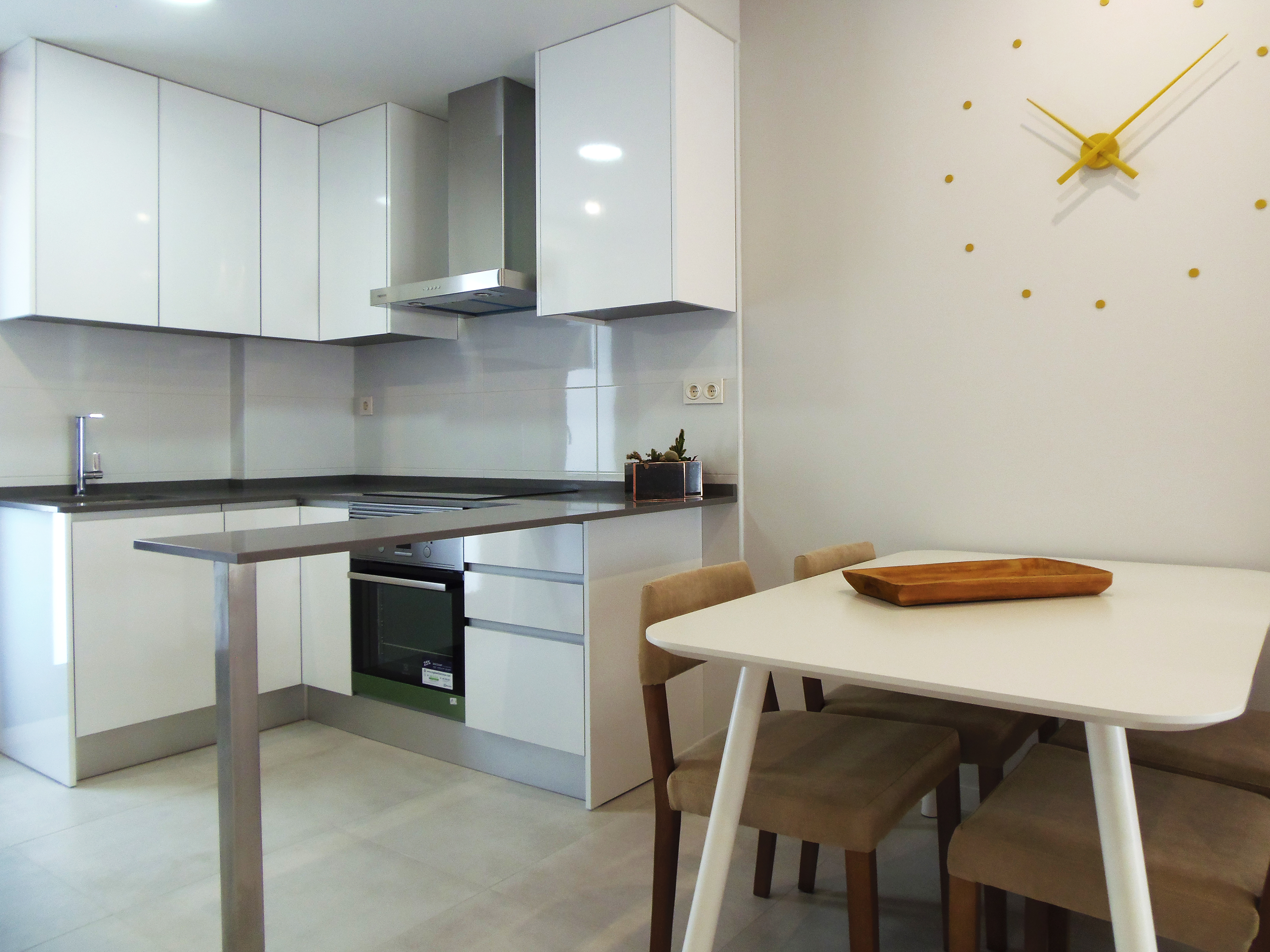 3 bedroom apartment For Sale in Mil Palmeras - photograph 5