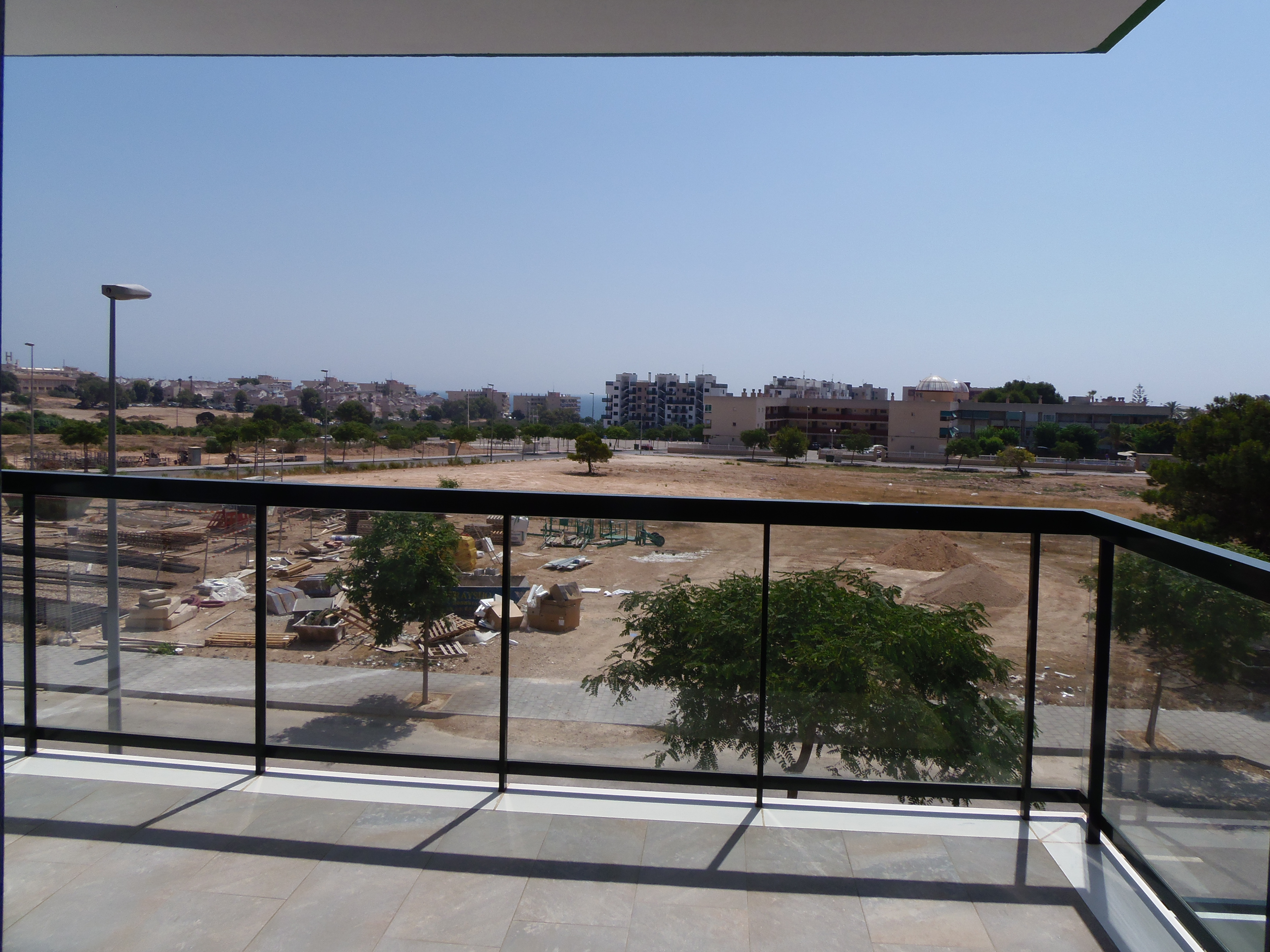 3 bedroom apartment For Sale in Mil Palmeras - photograph 24