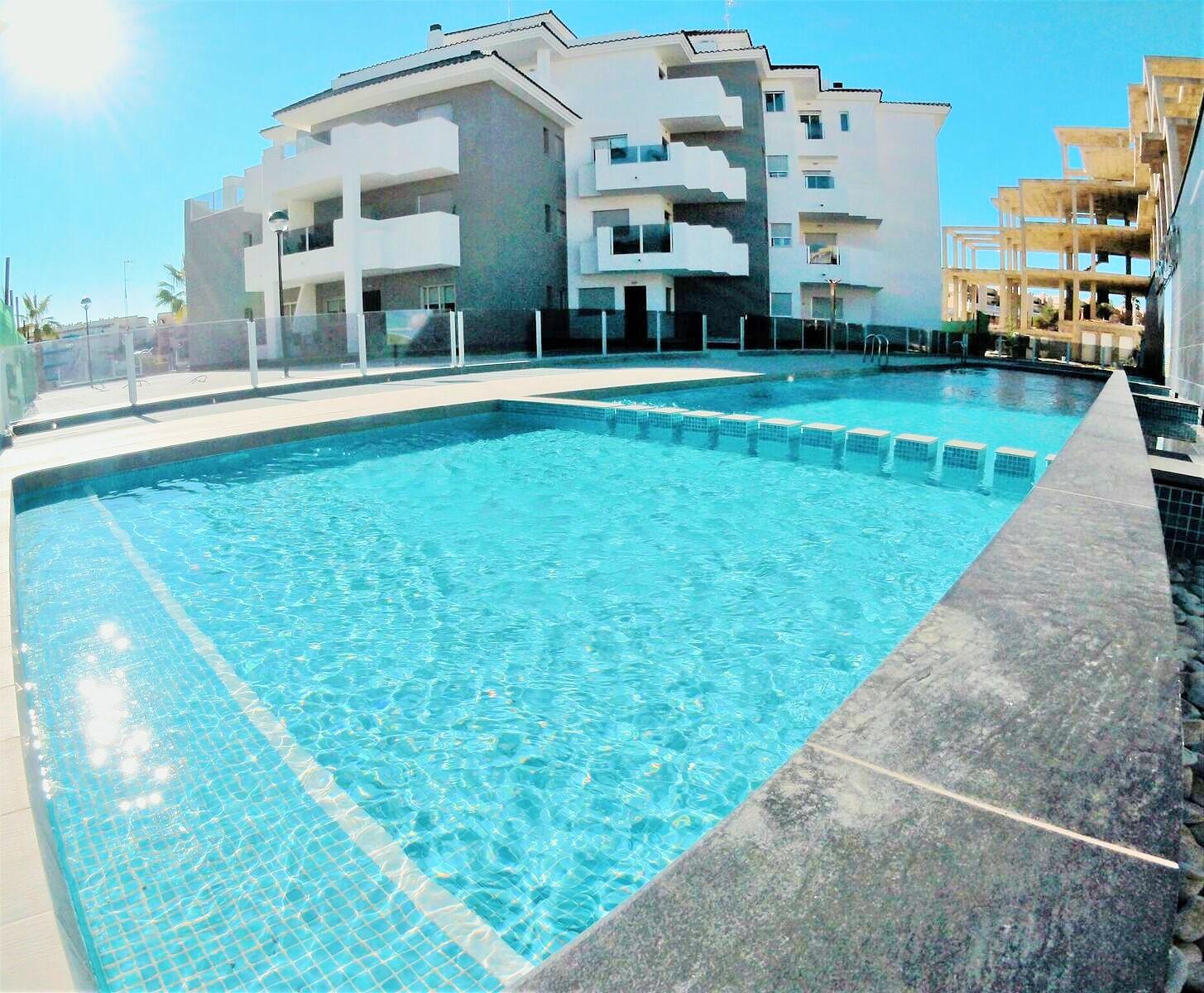1 bedroom apartment For Sale in La Zenia - Main Image