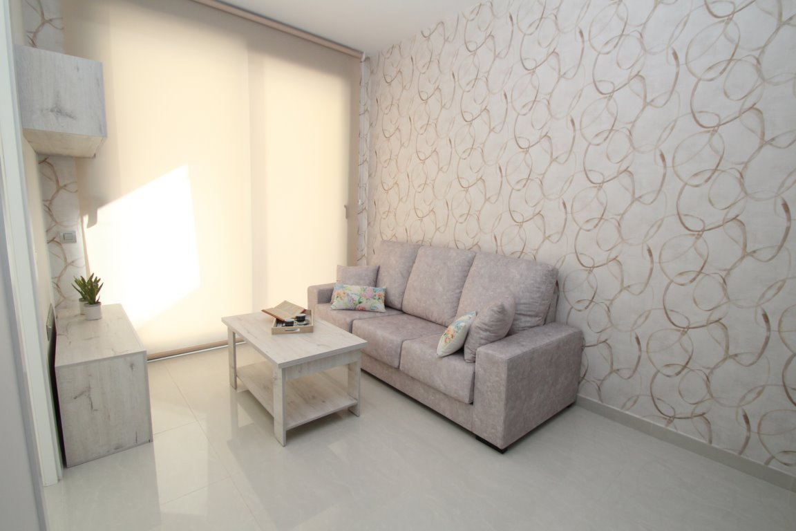 1 bedroom apartment For Sale in Torrevieja - photograph 3