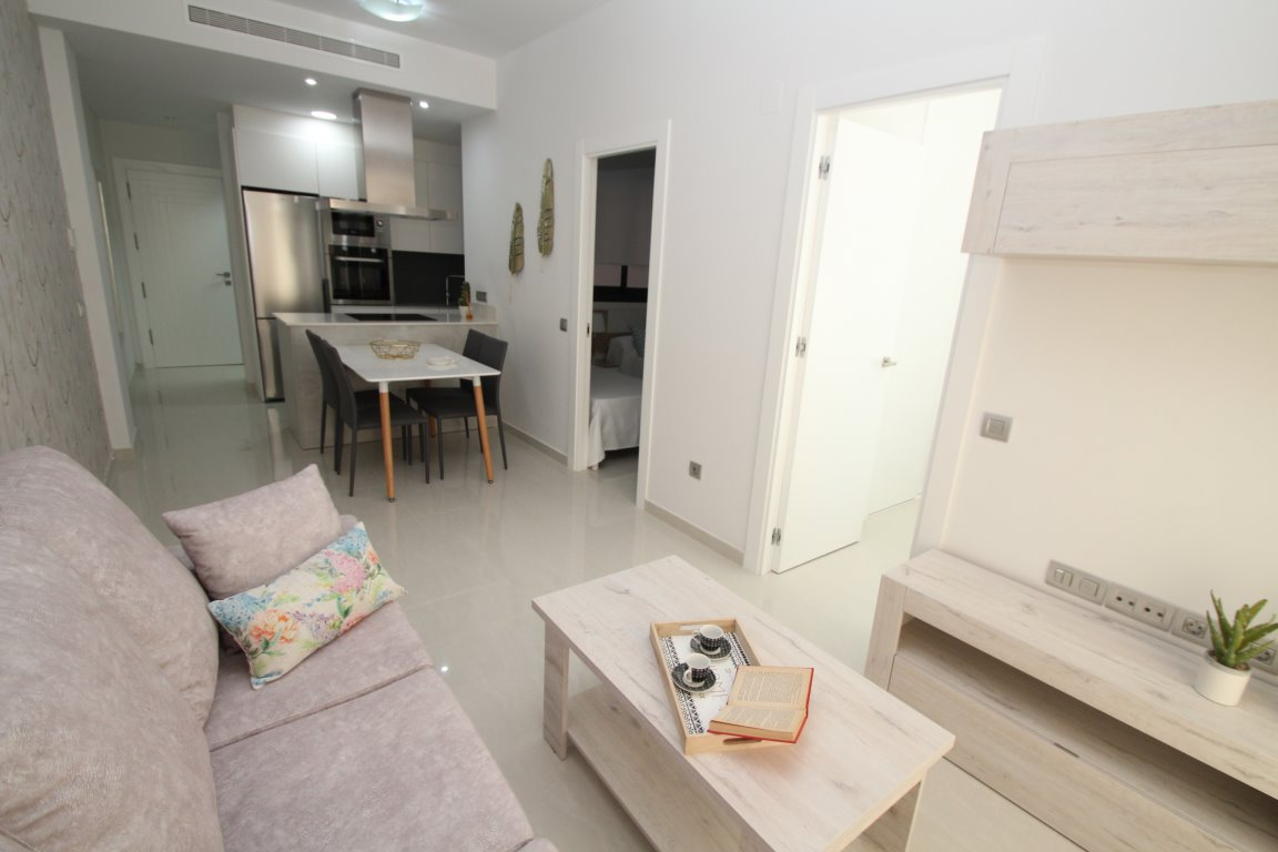 1 bedroom apartment For Sale in Torrevieja - photograph 4
