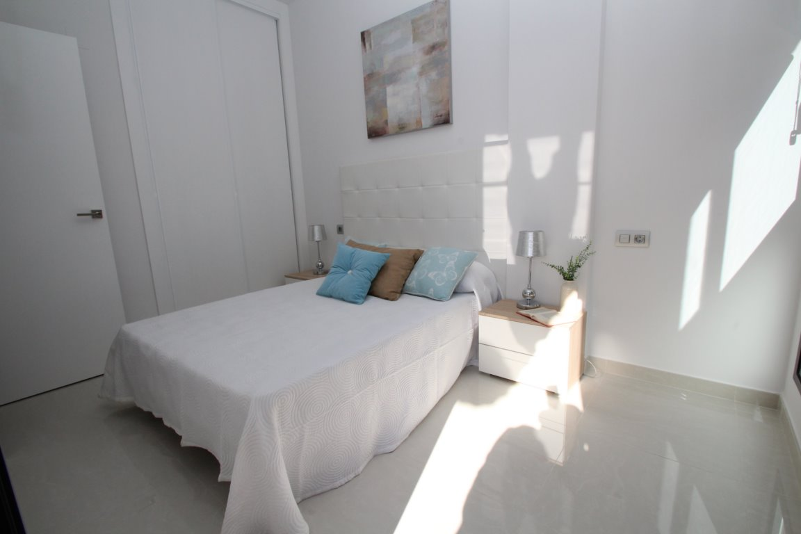 1 bedroom apartment For Sale in Torrevieja - photograph 9